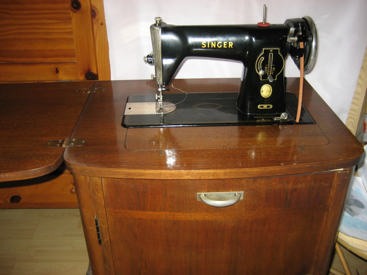 Ancienne machine a coudre singer luckyfind for Machine a coudre kohler ancienne