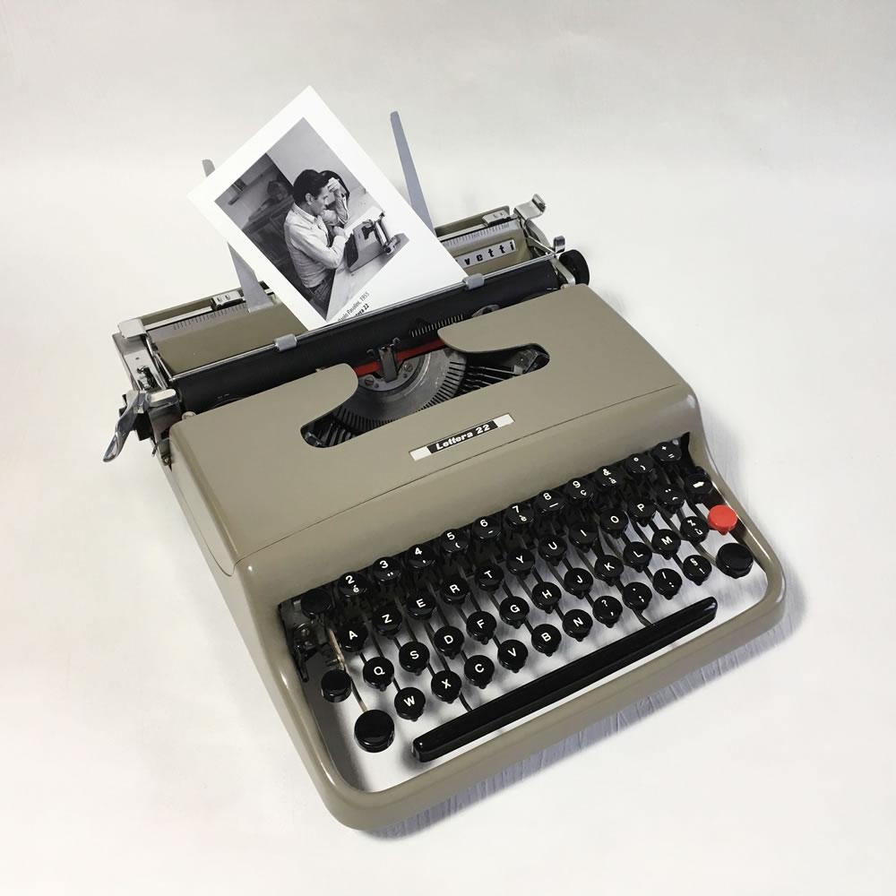 machine crire olivetti lettera 22 pasolini luckyfind. Black Bedroom Furniture Sets. Home Design Ideas
