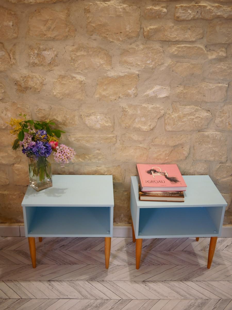 paire de chevets r nov s luckyfind. Black Bedroom Furniture Sets. Home Design Ideas
