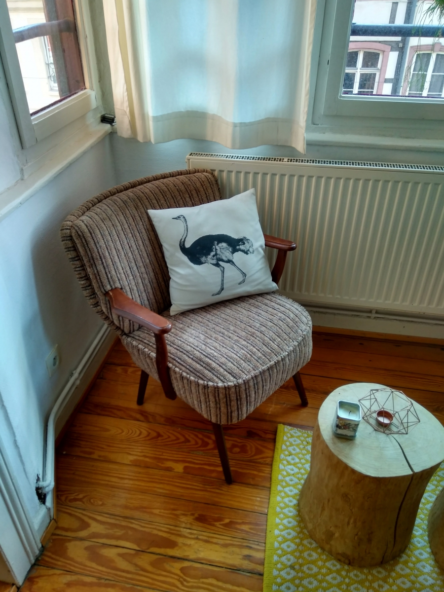 fauteuil cocktail scandinave luckyfind. Black Bedroom Furniture Sets. Home Design Ideas