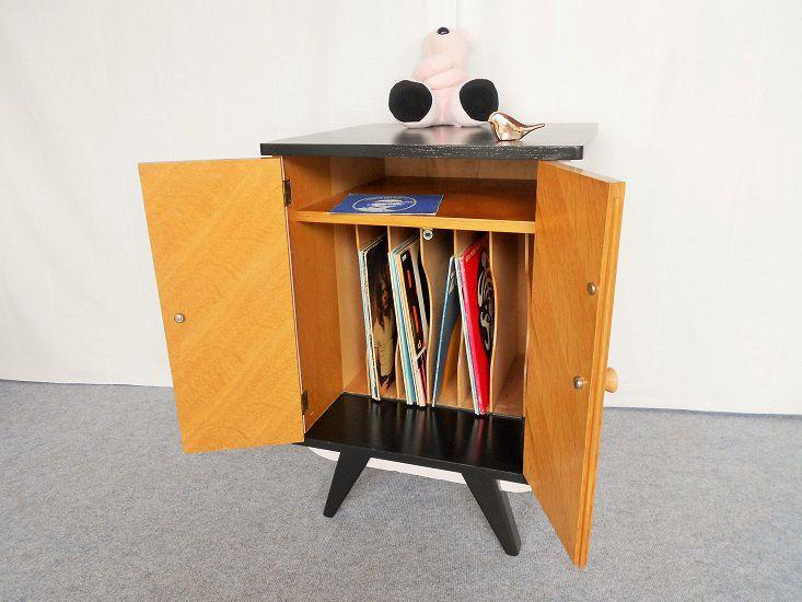 meuble d appoint vintage luckyfind. Black Bedroom Furniture Sets. Home Design Ideas