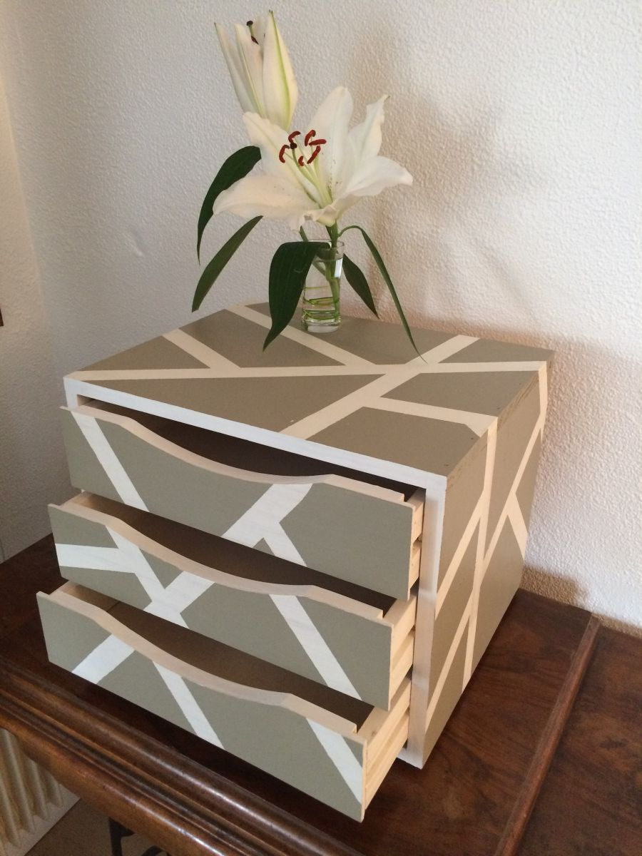 Petit meuble de rangement luckyfind - Petit meuble de rangement en pin ...