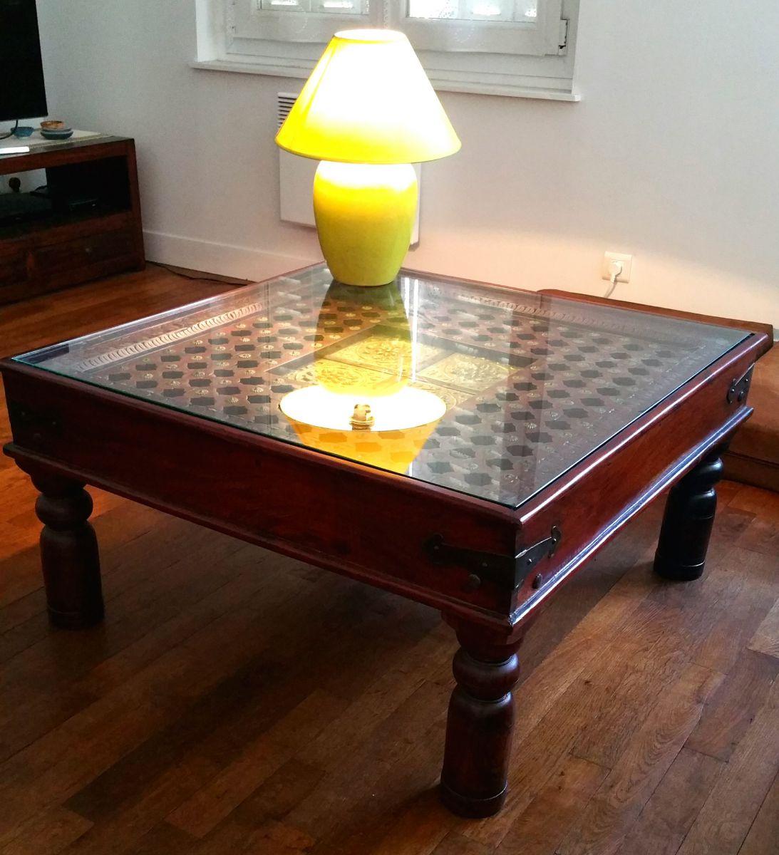 table basse indienne artisanale luckyfind. Black Bedroom Furniture Sets. Home Design Ideas