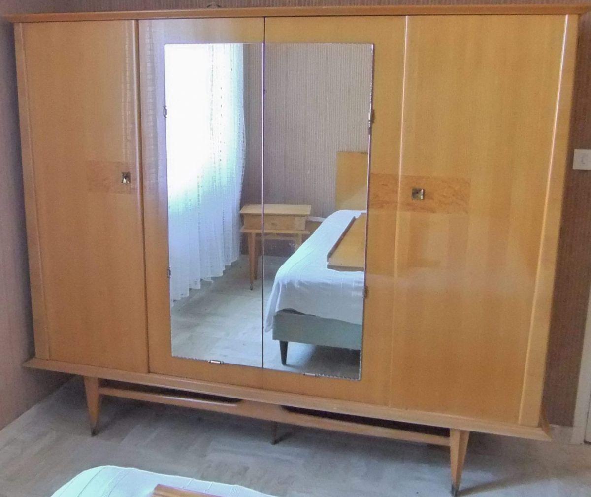 armoire 4 portes haut de gamme scandinave annees 50 60. Black Bedroom Furniture Sets. Home Design Ideas