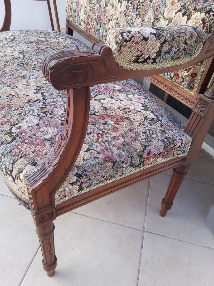 banquette louis xv luckyfind. Black Bedroom Furniture Sets. Home Design Ideas