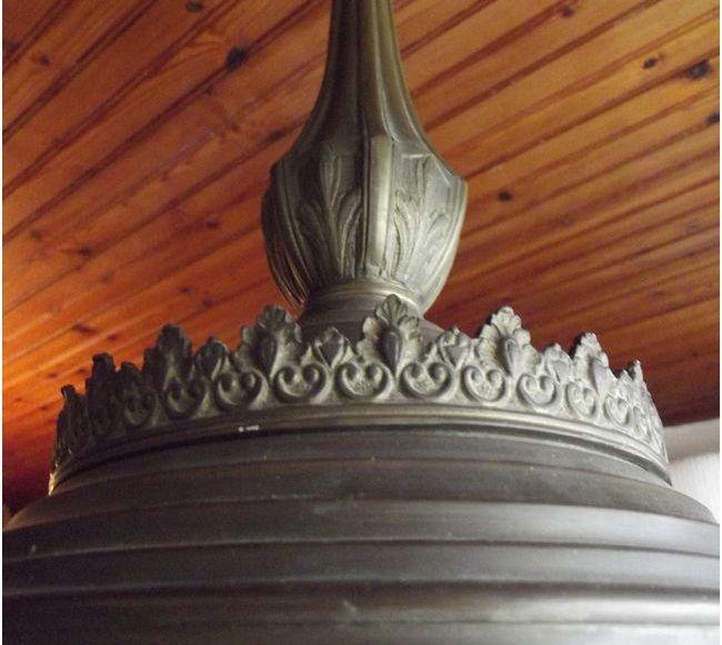 ancien lustre en bronze 4 points lumineux luckyfind. Black Bedroom Furniture Sets. Home Design Ideas