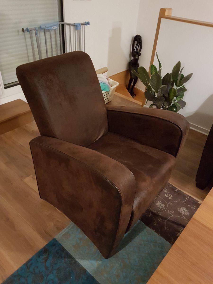 ensemble canap fauteuil poufs luckyfind. Black Bedroom Furniture Sets. Home Design Ideas