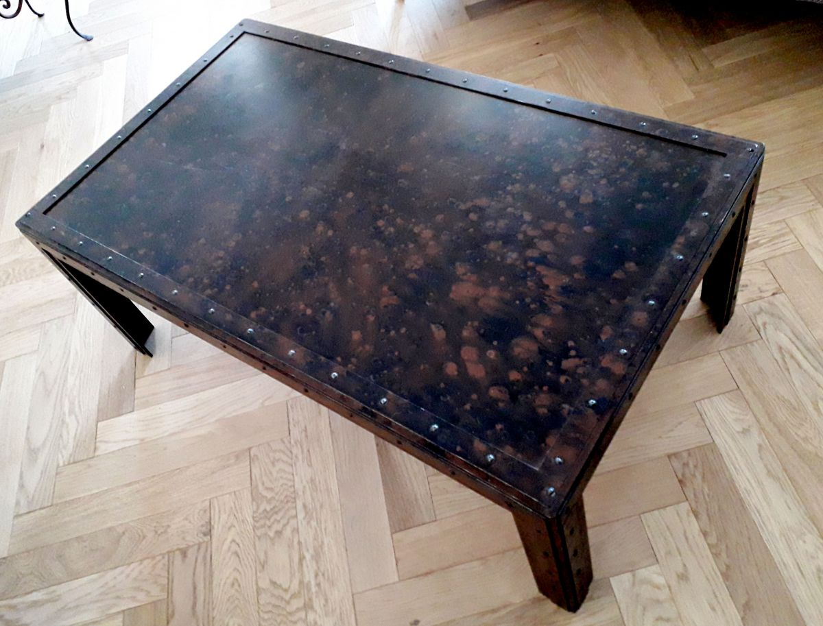 Table basse industrielle en fer luckyfind for Table basse en fer
