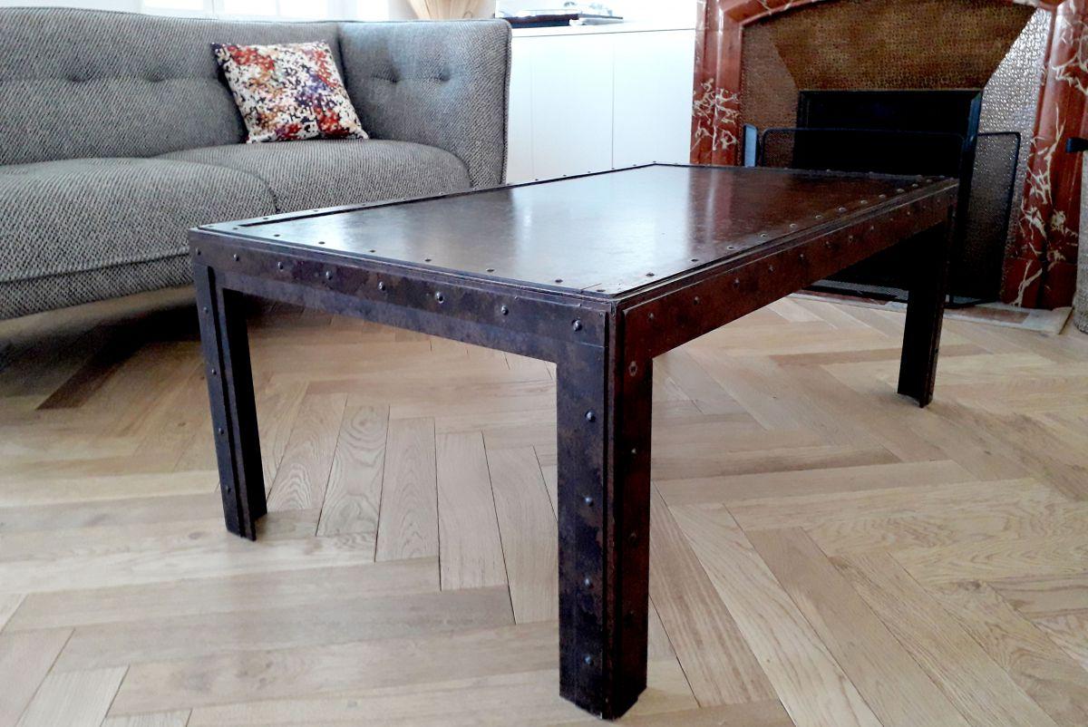 table basse industrielle en fer luckyfind. Black Bedroom Furniture Sets. Home Design Ideas