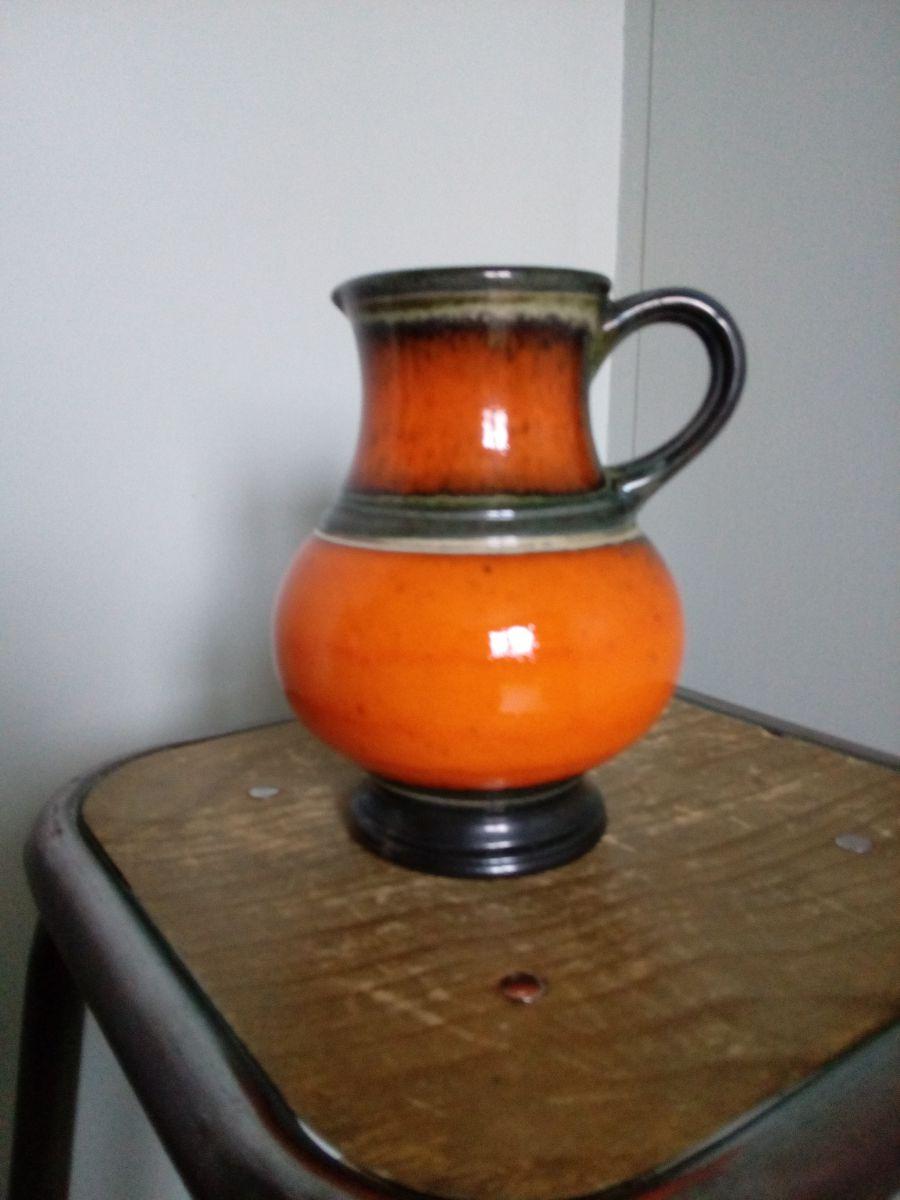 pichet vase en c ramique fa ence maill e orange luckyfind. Black Bedroom Furniture Sets. Home Design Ideas