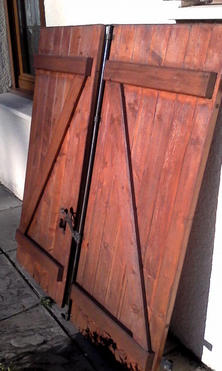 volet en bois pour porte fenetre luckyfind