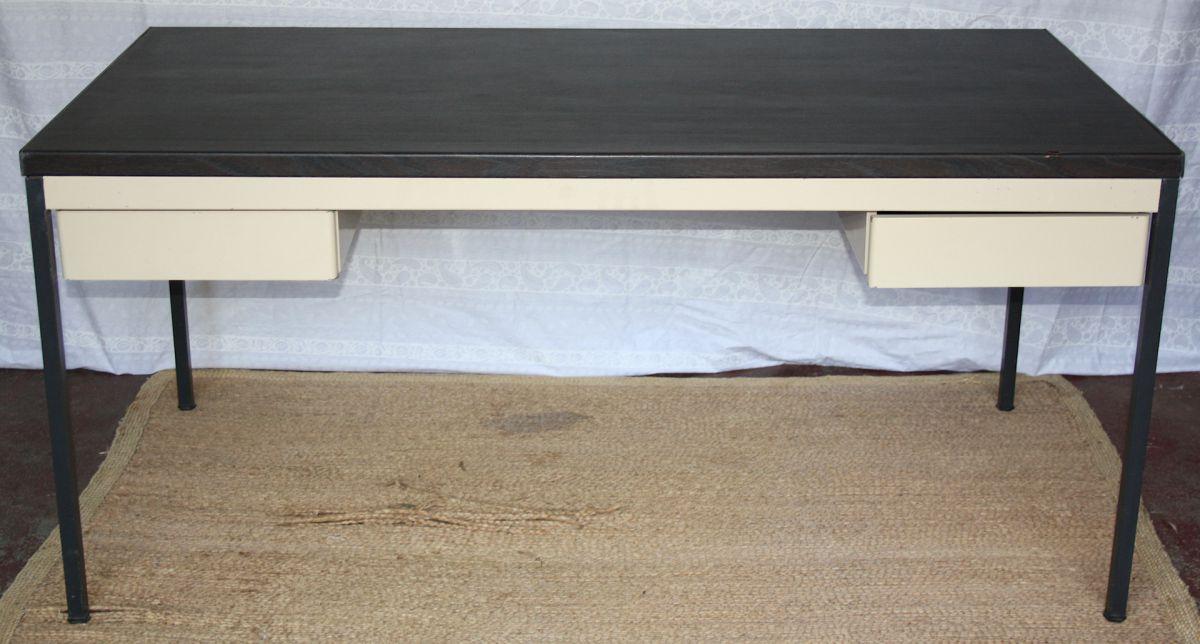 bureau industriel design pur vintage luckyfind. Black Bedroom Furniture Sets. Home Design Ideas