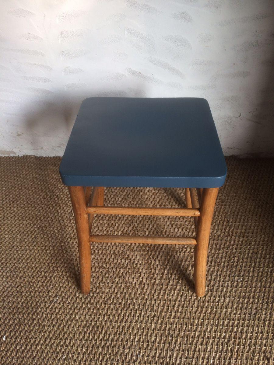 tabouret bistrot ancien luckyfind. Black Bedroom Furniture Sets. Home Design Ideas
