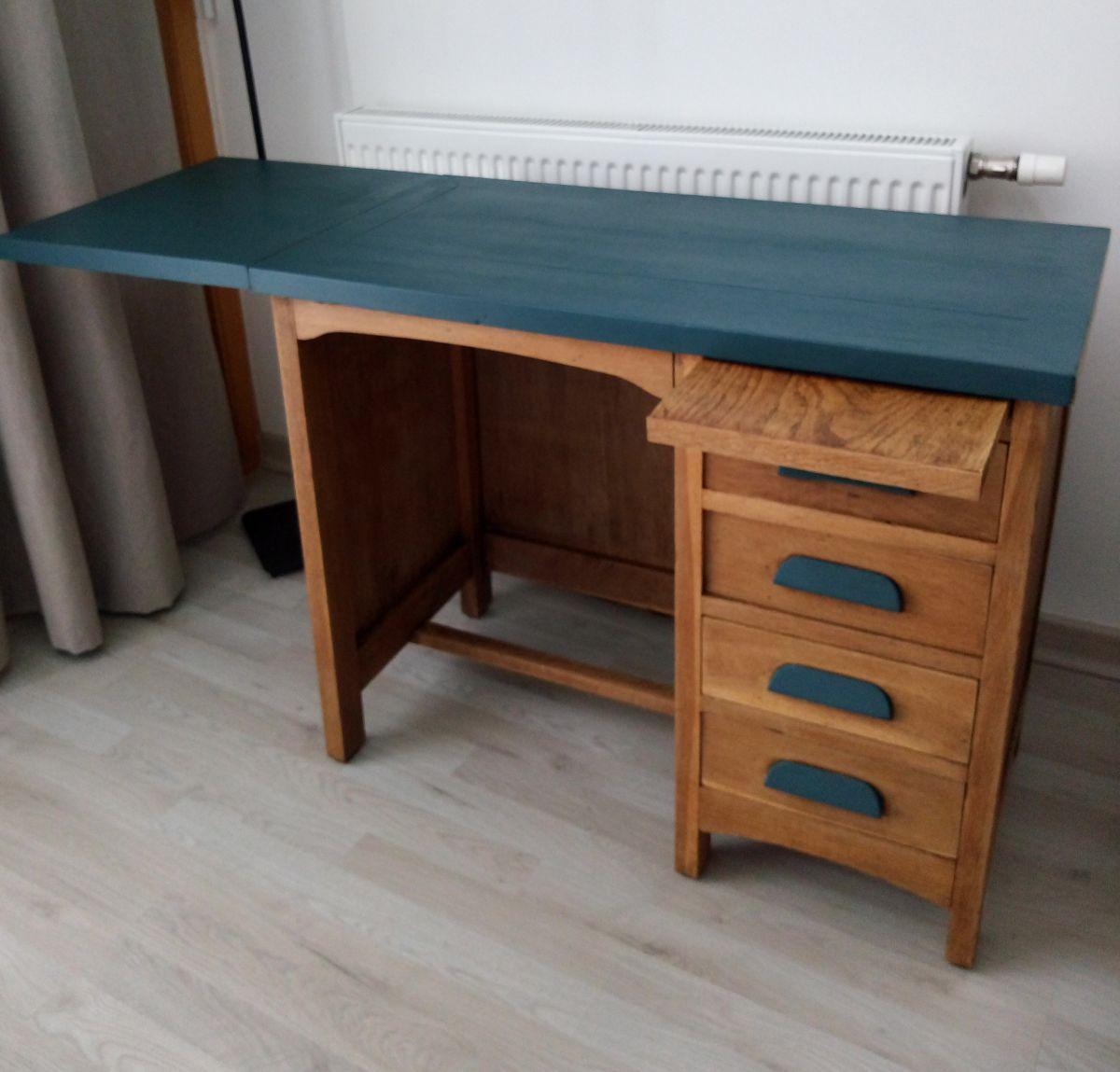 bureau comptable enfant luckyfind. Black Bedroom Furniture Sets. Home Design Ideas