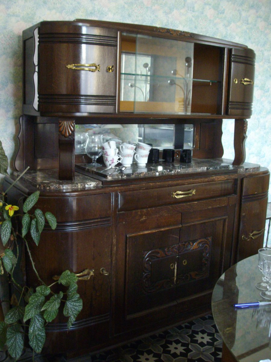 buffet ann e 40 luckyfind. Black Bedroom Furniture Sets. Home Design Ideas