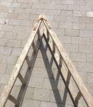 Ancien escabeau en bois