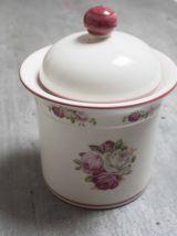 pot porcelaine salle de bain rose