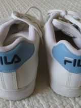 basket FILA  blanches  T40