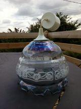 Lampe à suspendre Vianne en verre bleuté à motifs blancs et mauves