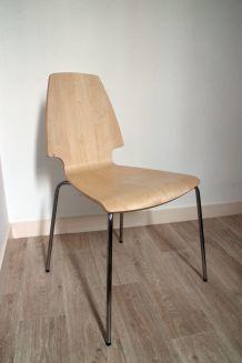 Chaise design comme neuve