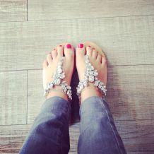 nu-pieds à strass