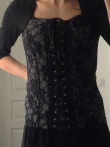 Haut effet corset