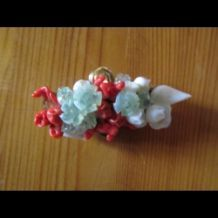 broche en quartz et corail rouge
