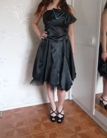 Robe de soirée noire noeud tulle Xanaka T36