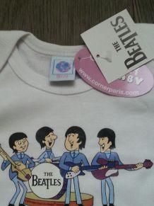 T shirt Beatles neuf 18/24 mois Simply'kids