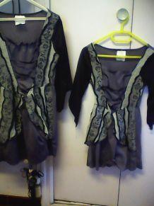 2 robes  Halloween peuvent être vendue séparément 7/10 ans et 11/14 ans