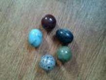 Lot 5 Oeufs et boules énergétiques en pierre, granit