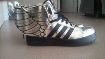 Adidas jeremy scott t39