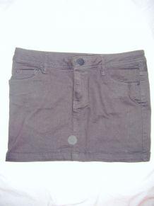 Petite jupe en jean noire