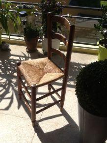 6 chaises anciennes