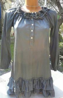 Tunique ou robe courte satinée, gris souris