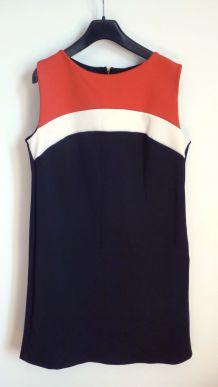 Robe droite noire bandes blanche orange