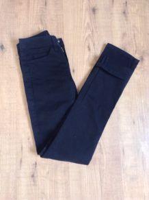 Jean Slim Skinny noir t34 American Apparel