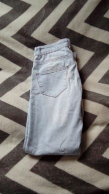 Pantalon slim clair Zara