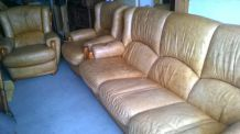 Ensemble canapé et fauteuils