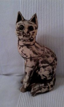 CHAT SCULPTE EN BOIS 25 CMS