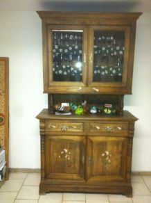 Buffet vaisselier ancien