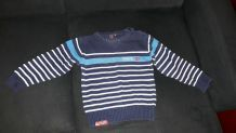 pull taille 6ans