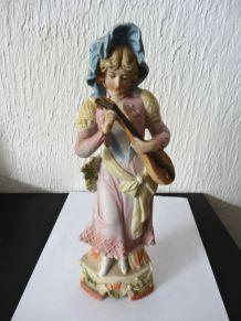 ancienne statuette en biscuit