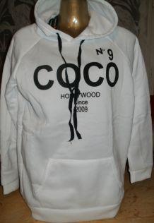 Sweat à capuche COCO N°9 blanc & noir
