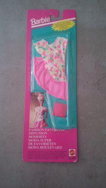 Tenue barbie 1992 sous blister