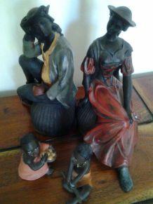 Lot de quatre figurines