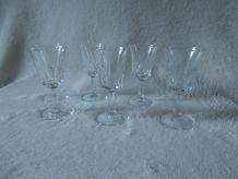 Lot de 6 petits verres à pieds
