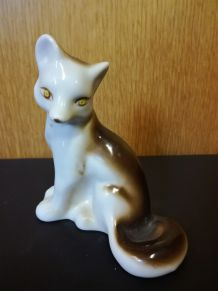 Figurine de loup en porcelaines soviétique vintage