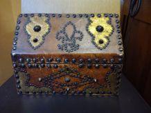 Coffret Sinbad le Marin recouvert de cuir