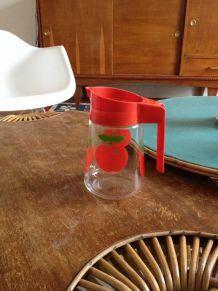 """Pot à eau vintage """"Pommes rouges"""" HENKEL"""